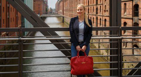 Reemtsma, Speicherstadt Hamburg, junge Mitarbeiterin, Zufriedenheit