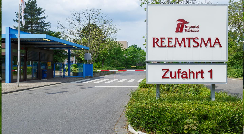 Reemtsma, Standort Langenhagen, Zufahrt 1, Logo