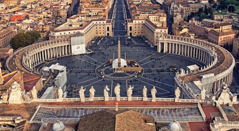Zigarettenverkauf im Vatikan